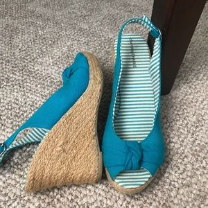 Charming Charlie Shoes - Wedge Sandals. 👡 💙